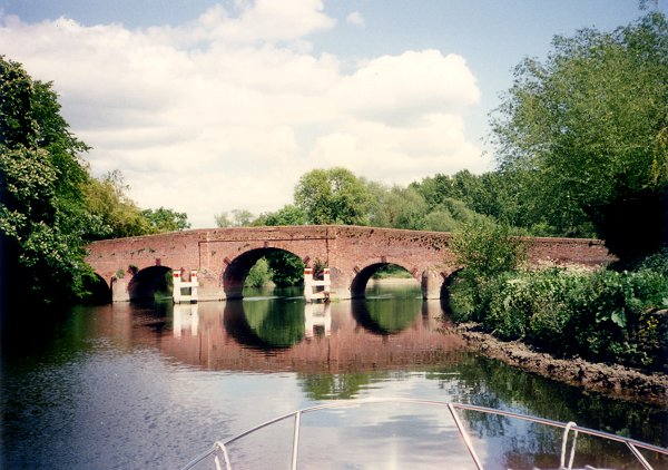 [Older Bridge Near Sonning]