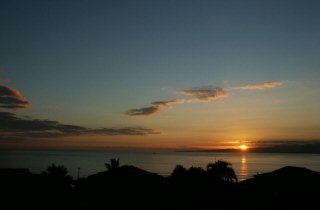 [Sunrise September 30, 2003 (2 of 3)         ]