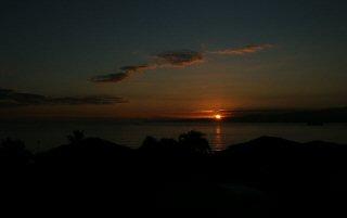 [Sunrise September 30, 2003 (3 of 3)         ]