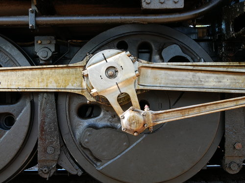 [Union Pacific 4014 Locomotive Driving Gear (note the grease, this is a WORKING locomotive, not a museum piece)]