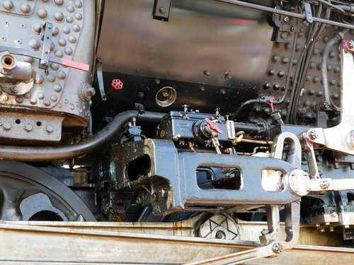 [Union Pacific 4014 Locomotive Equipment]
